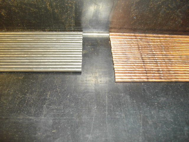 wire straightening machine run out table with two diameters of wire